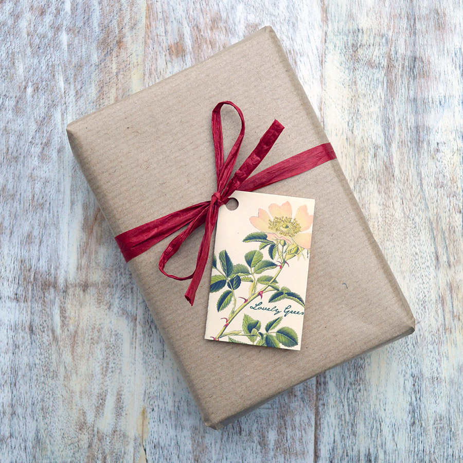 Gift wrapping and card option from Lovely Greens